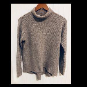 Madewell soft fuzzy oatmeal turtleneck Sweater S